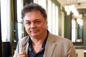 """Звезда """"Папиных дочек"""" Андрей Леонов хочет взыскать 1,5 млн с билетных сервисов"""
