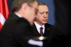 Эрдоган влип по самые помидоры: Между Россией и Турцией запахло войной. Пока томатной