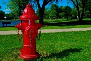 Для чего в США пожарные гидранты делают разного цвета