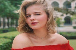 25-летняя Александра Бортич показала, как выглядит без макияжа и фотошопа