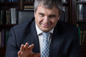 Двоюродный племянник Владимира Путина — Роман Путин, хочет пойти в политику