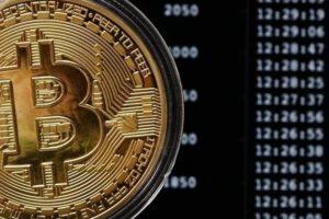 Курс биткоина к доллару: эксперты озвучили прогнозы на 2020 год и на долгосрочную перспективу