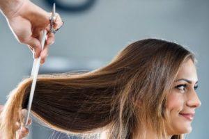 Самый точный лунный календарь стрижек на март 2020 года поможет сделать волосы крепче и гуще