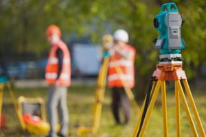 Геодезические услуги в деталях: разрешение на проведение работ и исполнительная документация