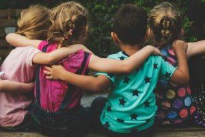 Какие прикольные и смешные поздравления с Днем защиты детей, а также ГИФ-анимации, можно отправить друзьям и знакомым