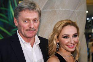 Песков и его супруга заболели коронавирусом, пара рассказала о своем состоянии