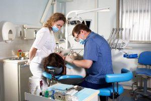 Когда откроют стоматологии в России: в Москве и других городах?
